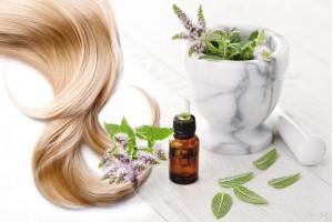 Эфирные масла для здоровья всех типов волос